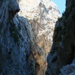 Felswände, bis zu 400 m hoch