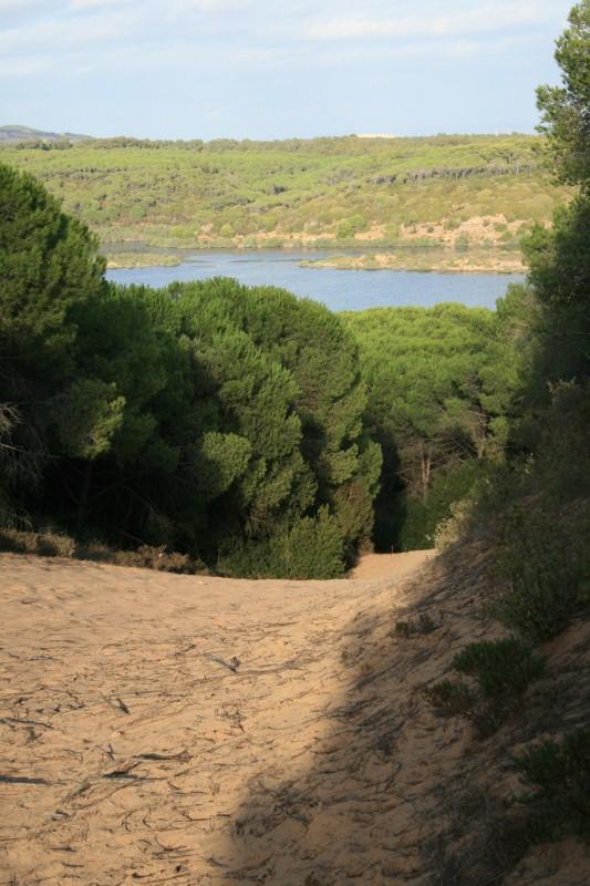 Blick von der Düne zum Lago di Baratz