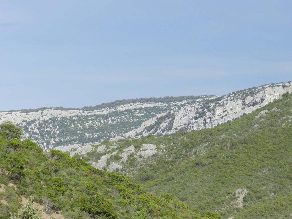 Weite, unbewohnte Landschaft