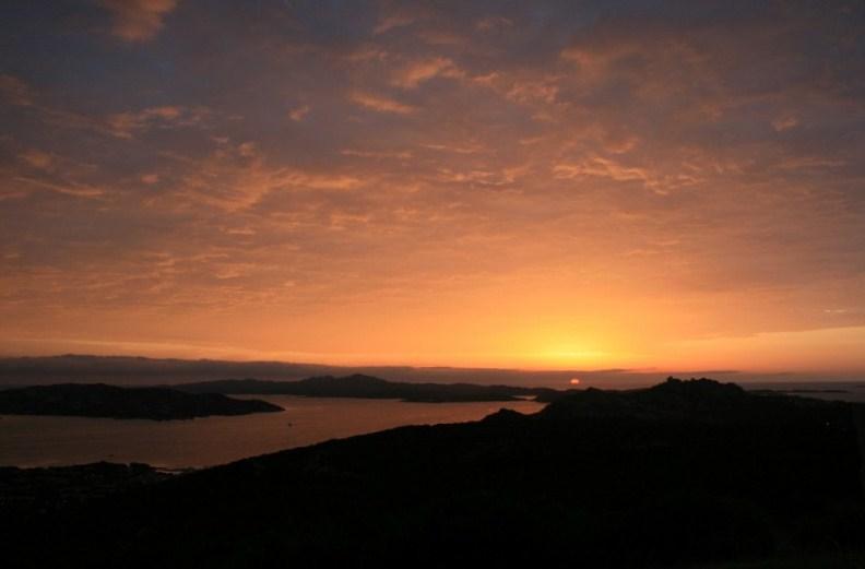 Himmel im Nordosten bei Sonnenaufgang