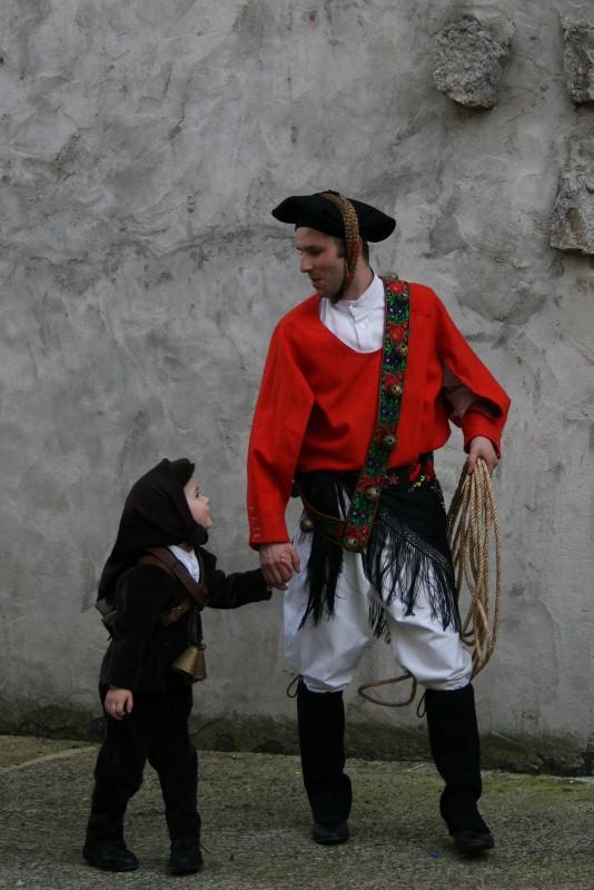 Die Zukunft der Tradition hängt auch von diesem kleinen Mamuthone ab.