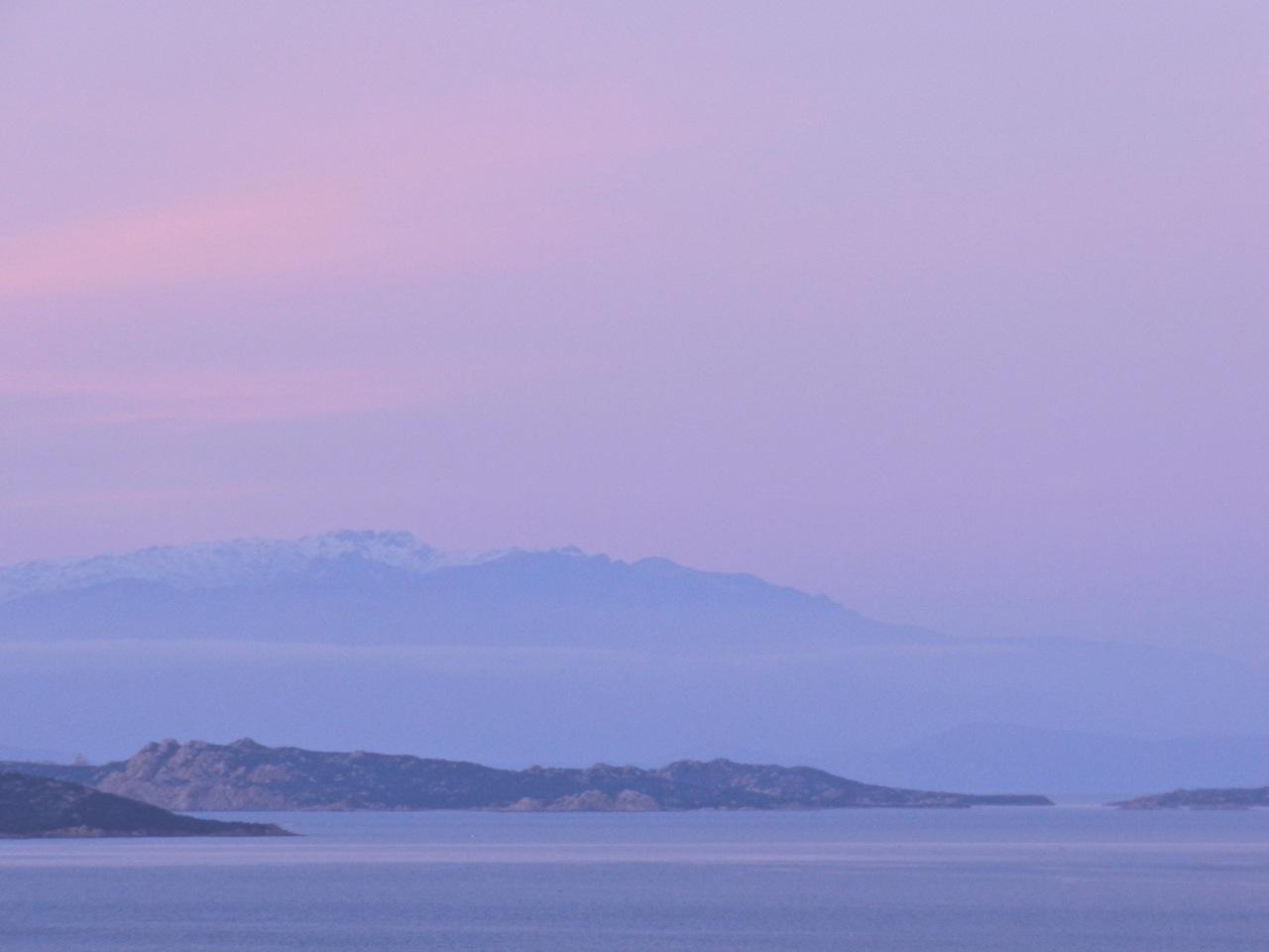 Farbenfroh: Sardinien im Winter