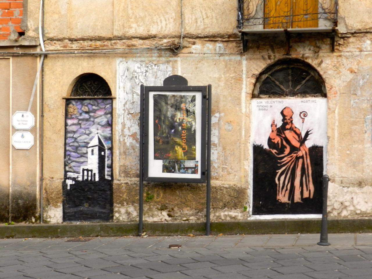 Street Art in Sadali: Der heilige San Valentino