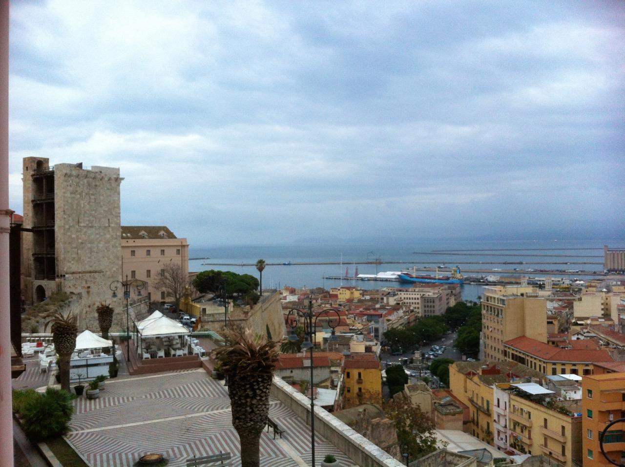 Oder doch lieber Cagliari? Perfekte Stadt für die Nebensaison