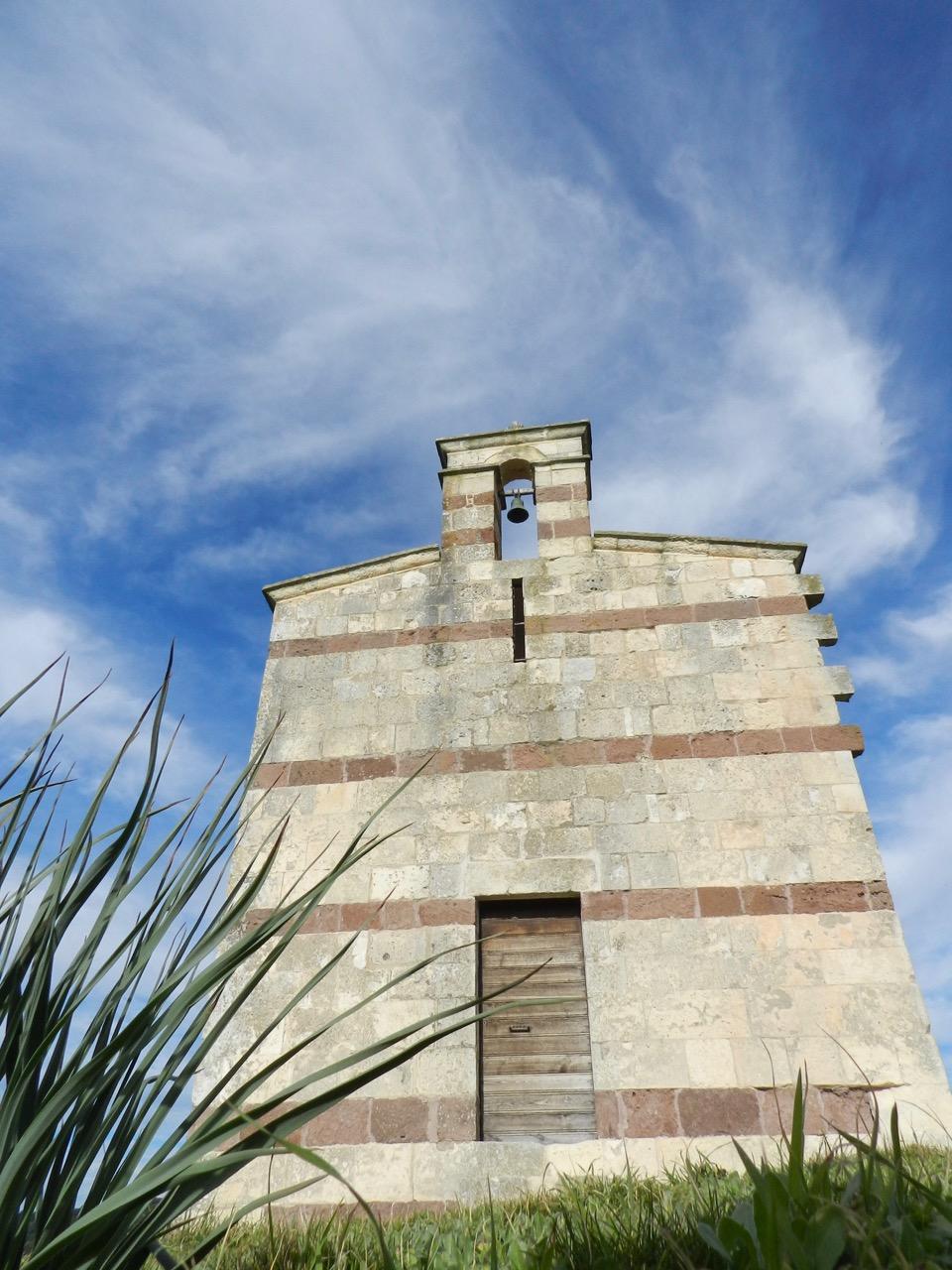 Sedini ist umgeben von Landkirchen: San Pancrazio