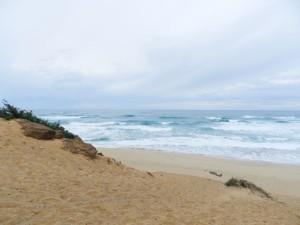 Hohe Dünen und laute Wellen
