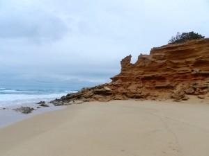 Die markanten Sandsteinfelsen von Scivu - Sa Pischeredda