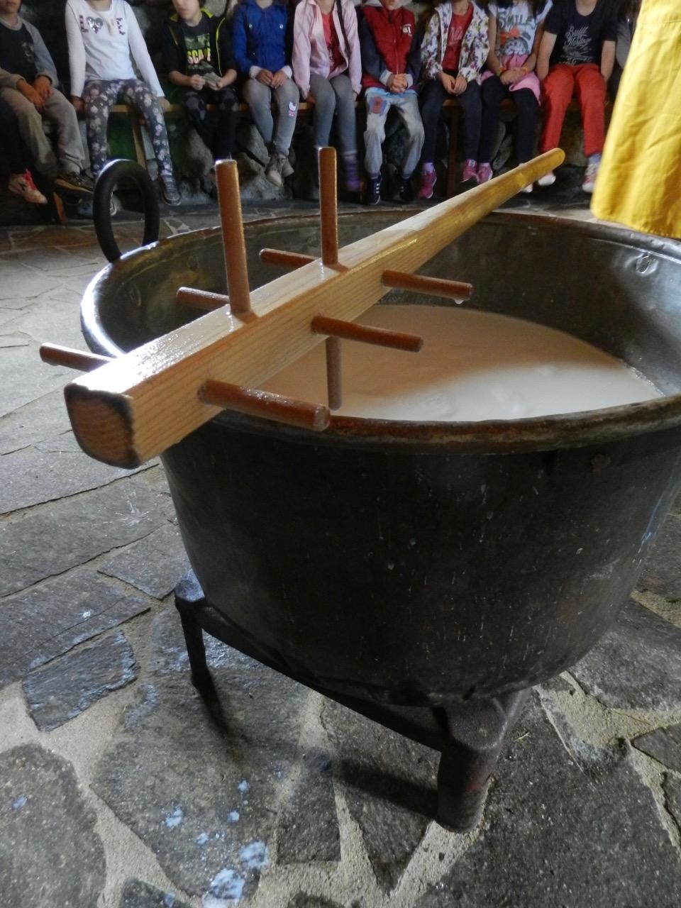 Antike Methoden und Geräte werden auch gezeigt