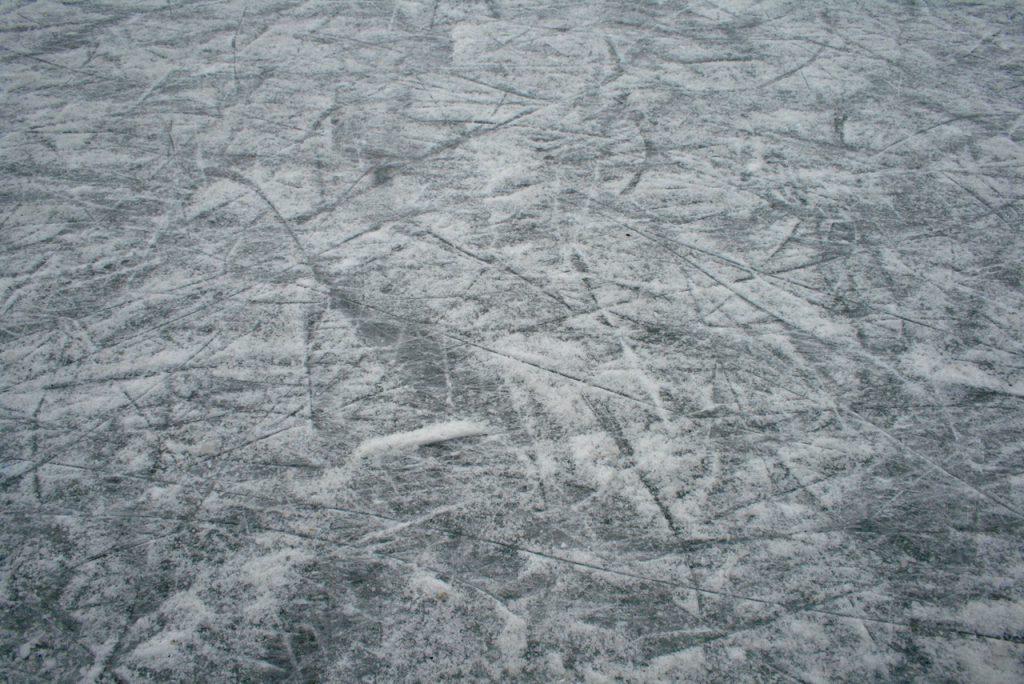 Eisbahn in Fonni