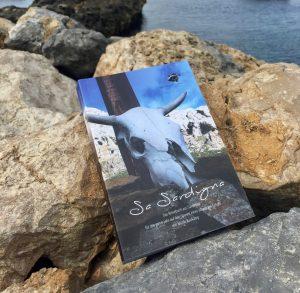 Ein Schaf, ein Buch: Sardinien-Reiseführer der beeehsonderen Art