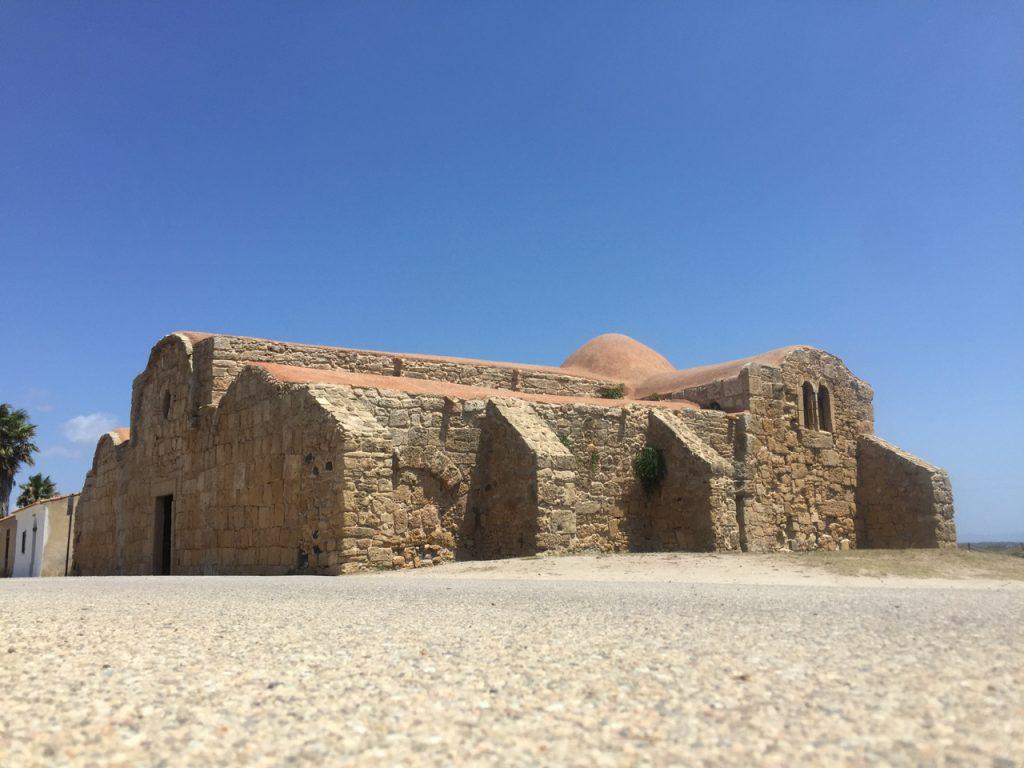 Kirche San Giovanni di Sinis: schön und kühl