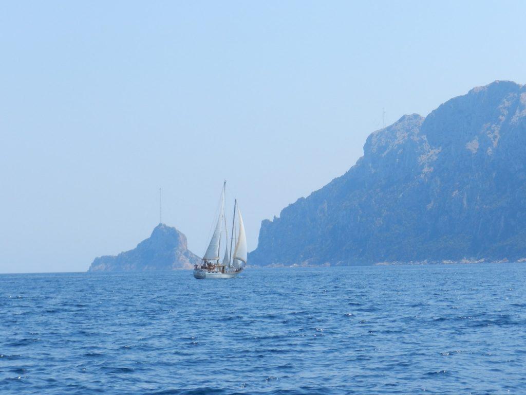Segeln vor der Isola Tavolara