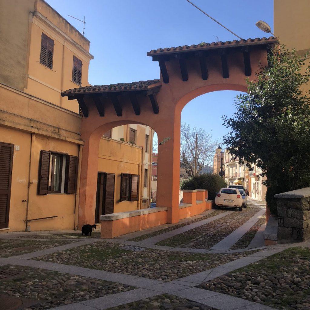 Nuoro: das Tor zu Kunst und Kultur Sardiniens