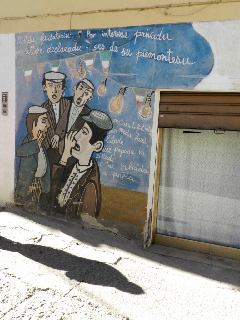 Murales in Orgosolo mit den Tenores, das die Unterdrückung durch die Piemontesen thematisiert