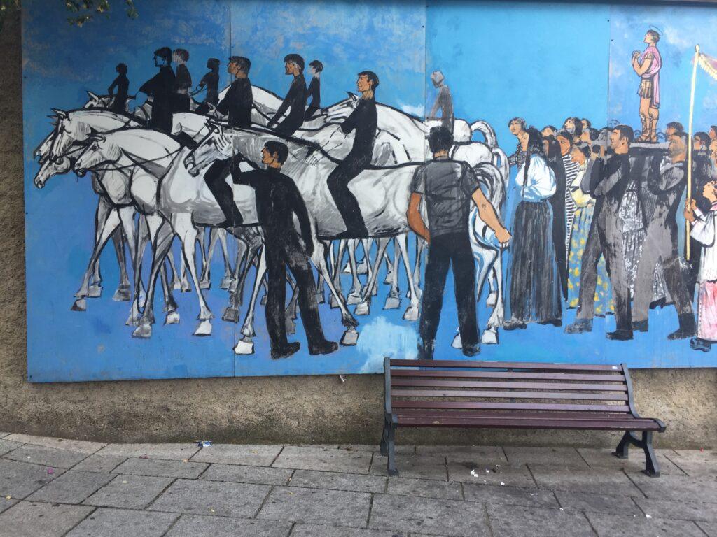 Murales einer Prozession in Oliena