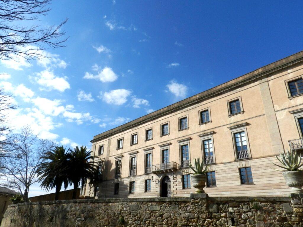 Beherbergt das Menhir-Museum: der Palazzo Aymerich