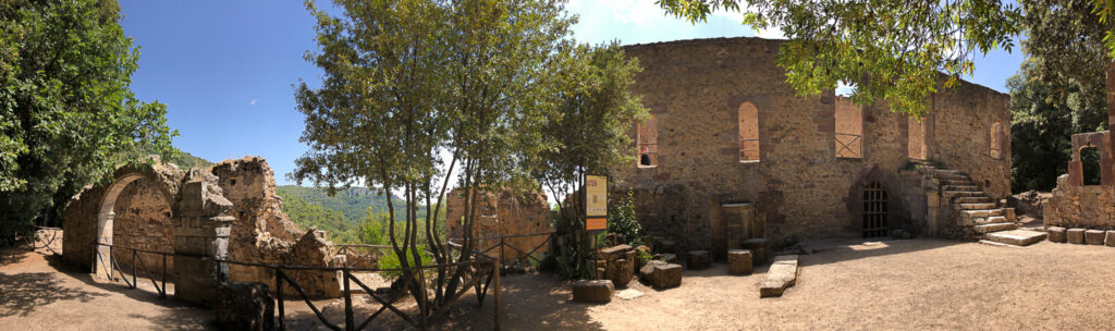 Die Burgruine des Castello Aymerich